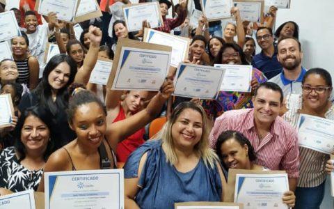 Mais de 700 jovens e adultos são formados pelo Projeto Espaço Cidadão em 2019